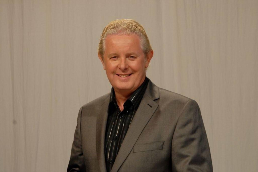 Dougie Donnelly Dougie Donnelly Television Sports presenter after dinner speaker